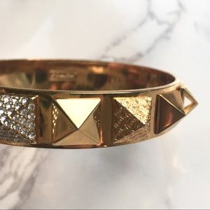 ✨COACH Gold + Pave Pyramid Bangle Bracelet✨